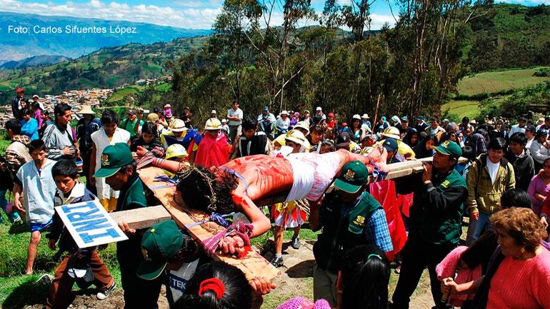 Escenifican vida, pasion y muerte por Semana Santa en Cabana 11