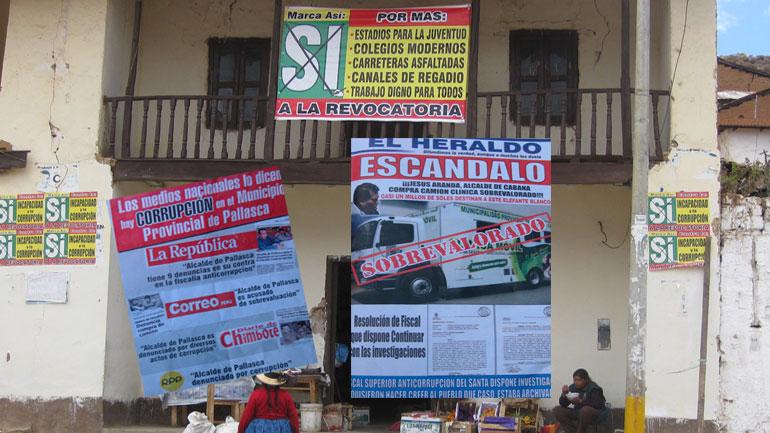 Revocadores en Pallasca hacen una enorme inversión publicitaria 2