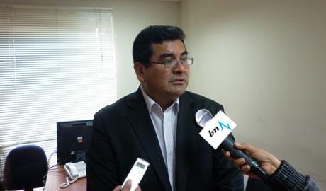 César Alvarez se disculpa con el Congreso por adjetivos agraviantes. 13