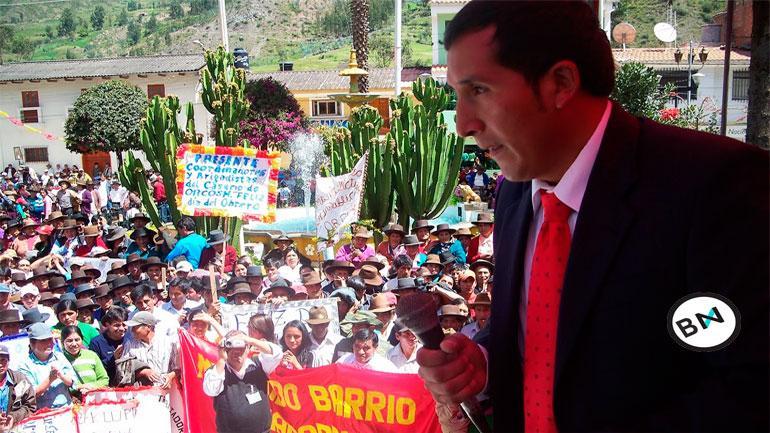Alcalde vacado de San Marcos toma local municipal 3