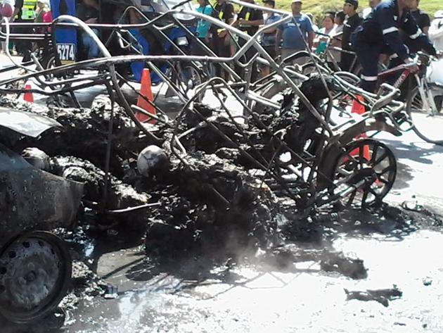 Casma: Cinco personas mueren calcinadas tras choque 26