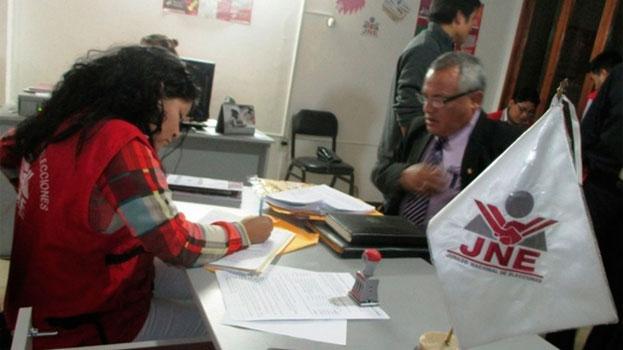 Piden renuncia de Pleno del JEE Huaraz por incapacidad moral 16