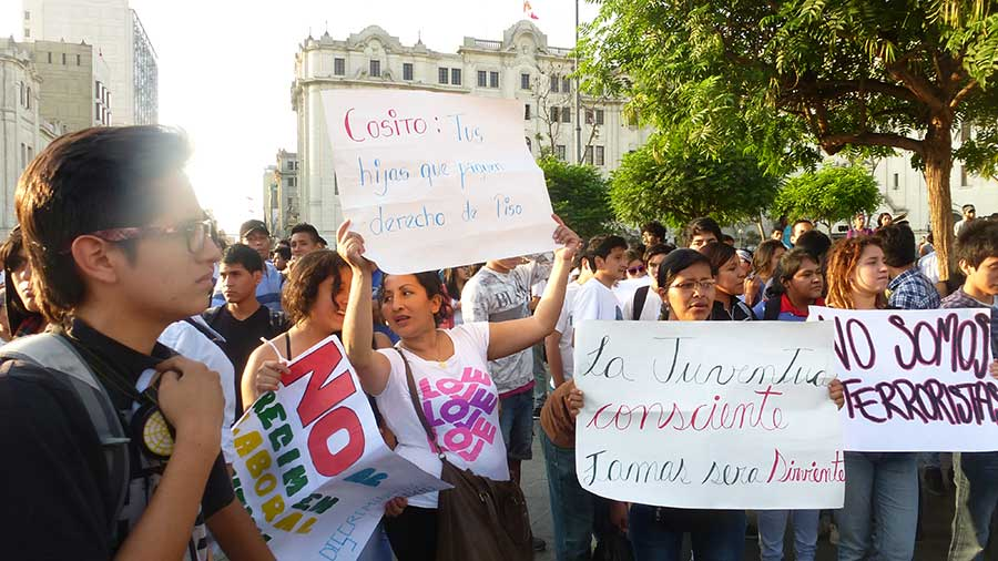 jovenes-en-las-calles-por-#leypulpin5