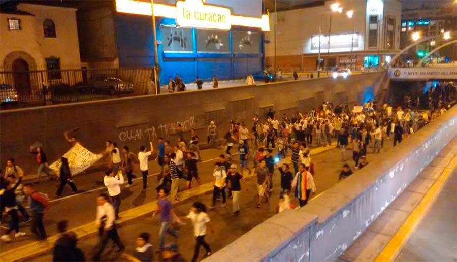 jovenes-en-las-calles-por-#leypulpin6