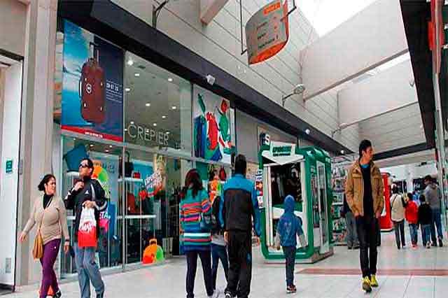 Economía peruana creció 3.26% en el 2015. 8