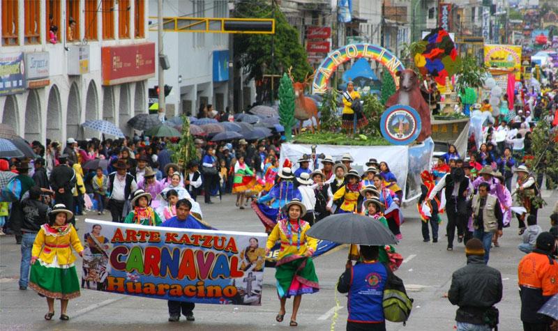 Presentaron actividades del Carnaval Huaracino 2017 6