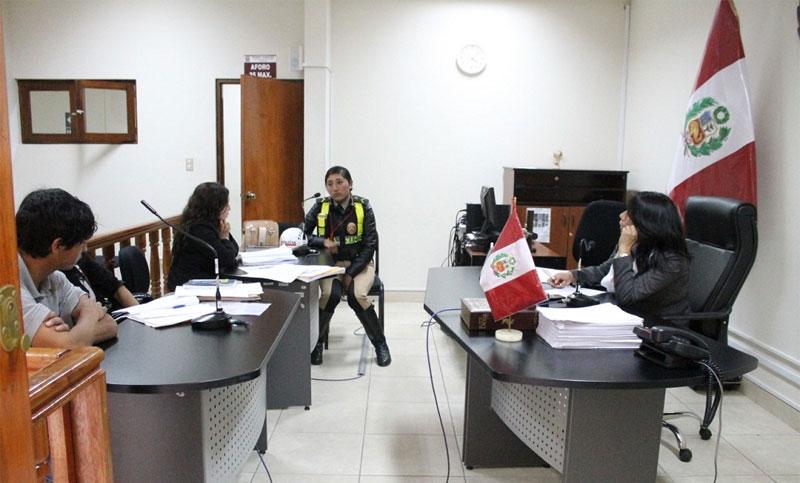 Huaraz: sentencian a policías por falsificadores. 4
