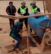 Chimbote: destruyen maquinaria de minería ilegal valorizados en medio millón de soles. 20