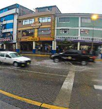 Huaraz soportó lluvia intensa con truenos y granizada. 1