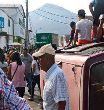 Chimbote: choque en centro deja 14 personas heridas. 21