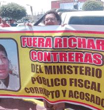 Plantón en Chimbote por periodista agredido
