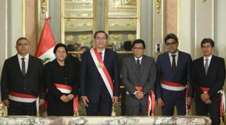 Presidente Vizcarra juramentó a cuatro ministros en Palacio de Gobierno