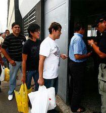 Coronavirus: Restringen por 30 días visitas en 68 penales del país
