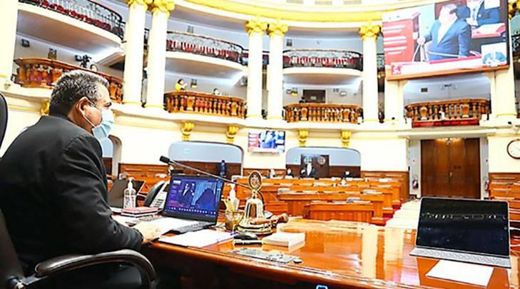 Congreso acord{o vacancia de Martin Vizcarra